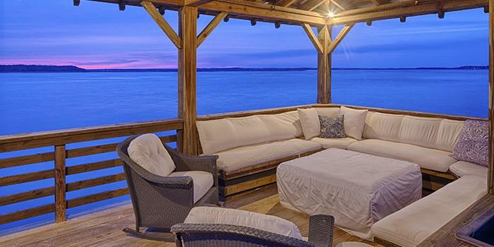 Spanish Wells Lounge