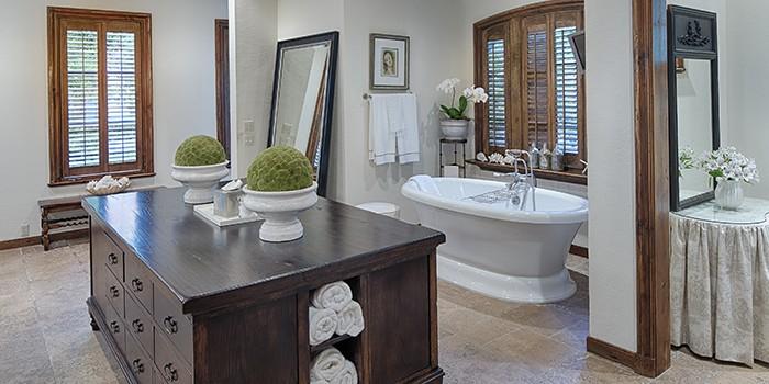 Spanish Wells Home Master Bathroom
