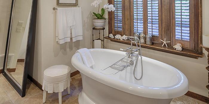 Spanish Wells Bath