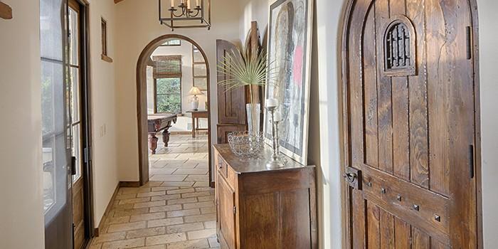 Spanish Wells Hallway
