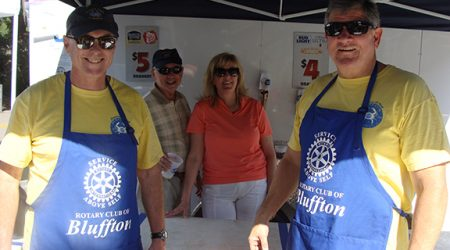 Bluffton Village Festival rotary club volunteers